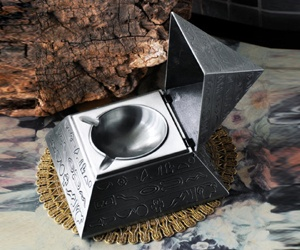 Cenicero Pirámide con Tapa