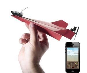 avión de papel teledirigido
