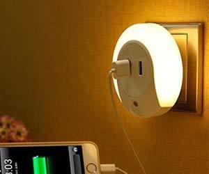 Luz LED con 2 USB