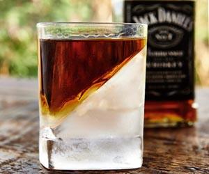 vaso whisky con hielo